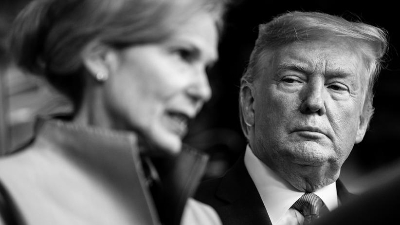 Dr. Deborah Birx und Donald Trump