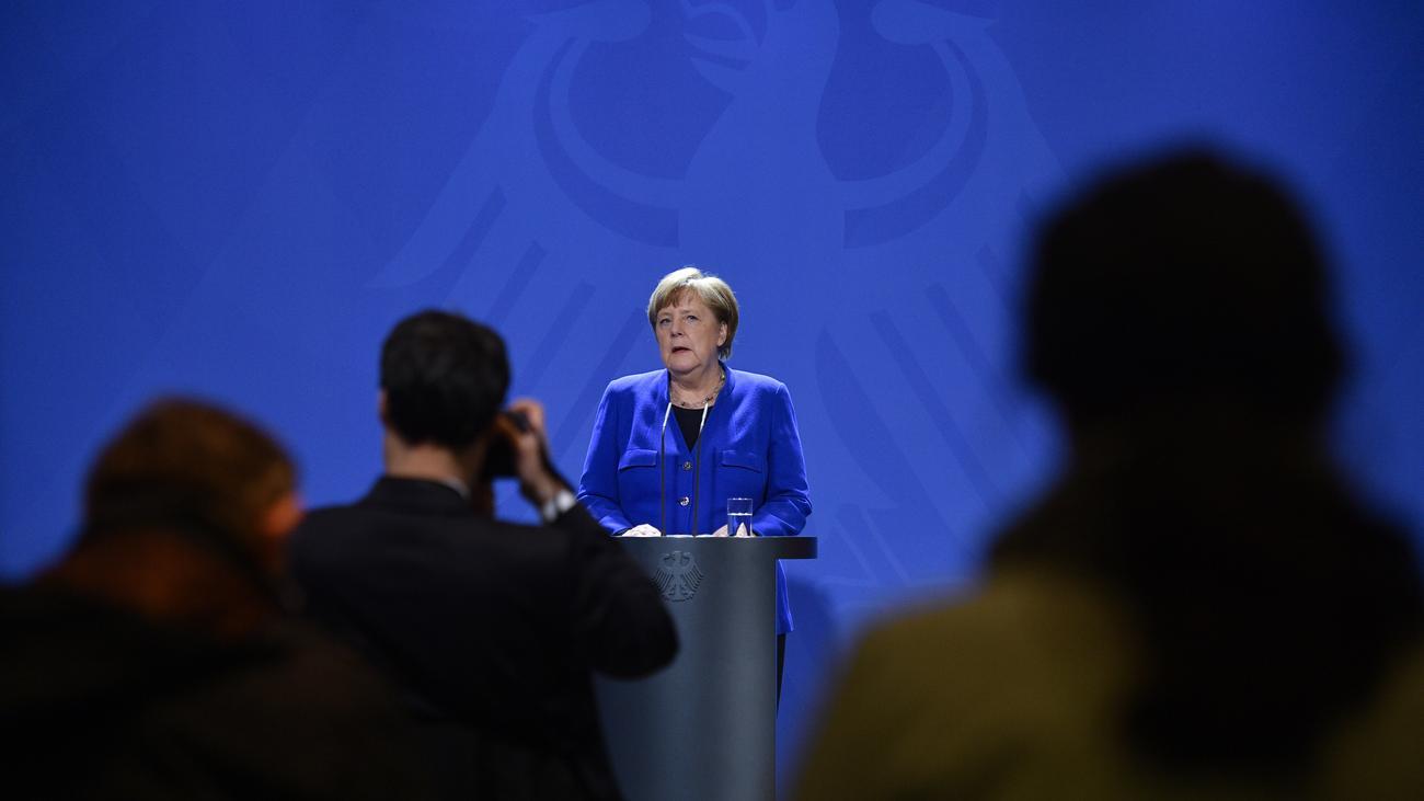 Flüchtlingspakt: Angela Merkel sagt mehr Geld für Flüchtlinge in der Türkei zu