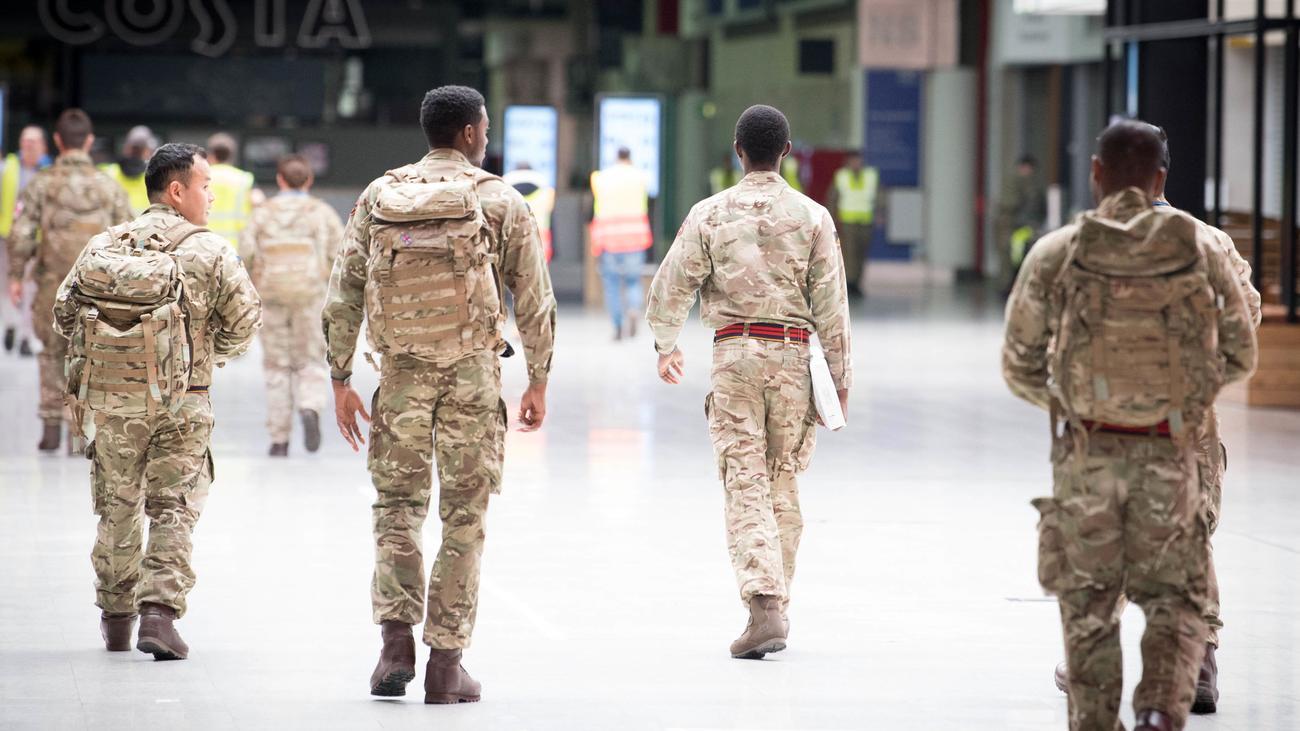 Großbritannien: Das Militär springt für den britischen Staat ein