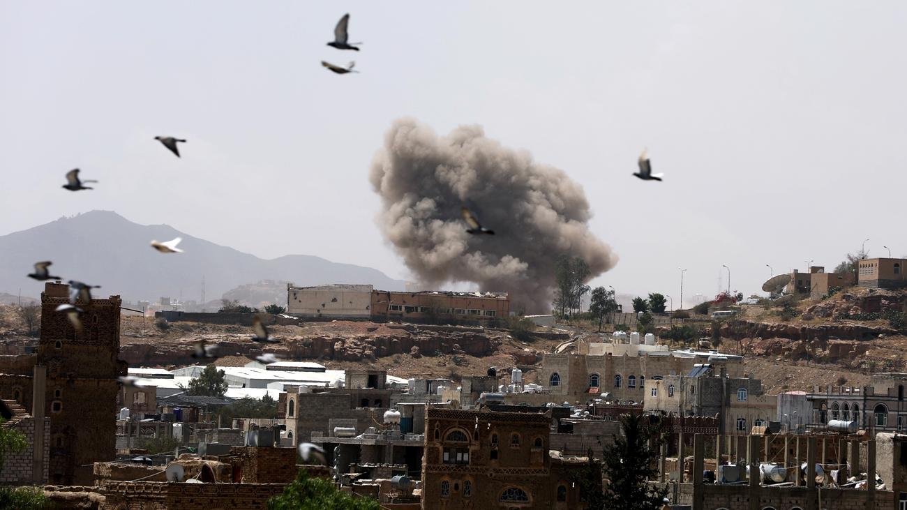 Sanaa: Saudische Militärkoalition greift Jemens Hauptstadt an