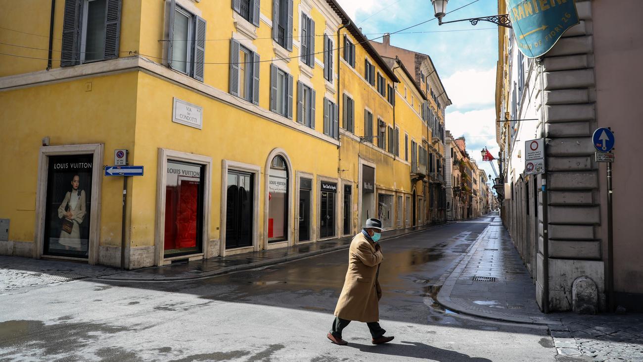 Italien: In Rom ist der hässliche Deutsche wieder da