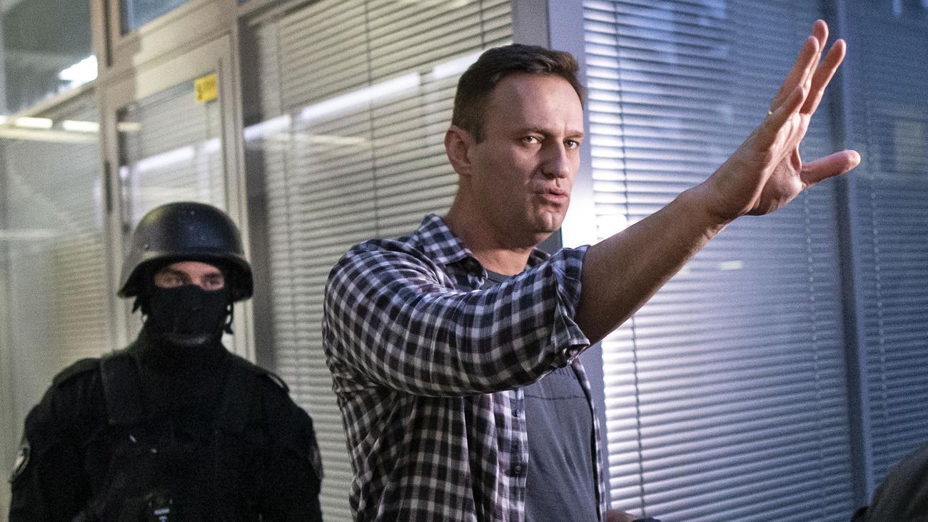 Russland: Alexej Nawalny vor Erkrankung womöglich unter Beobachtung