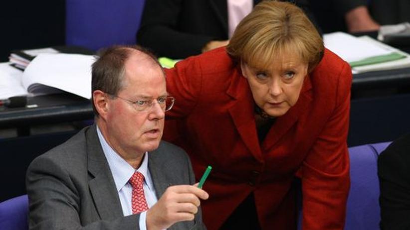 Finanzminister Steinbrück und Bundeskanzlerin Merkel