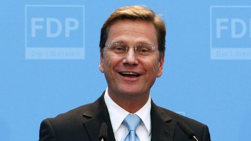 Wahlanalyse : Guido Westerwelle strahlt: Seine FDP hat fast überall hinzugewonnen.