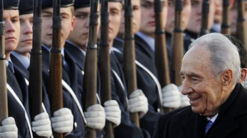 Peres in Berlin: Israels Präsident Schimon Peres kommt zu einem viertägigen Besuch in Berlin an