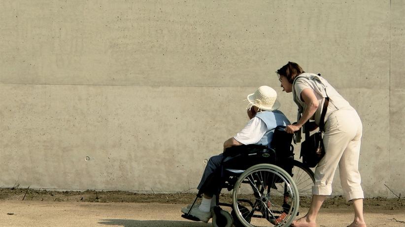 Pflegepolitik: Pflege jetzt, Arbeit später