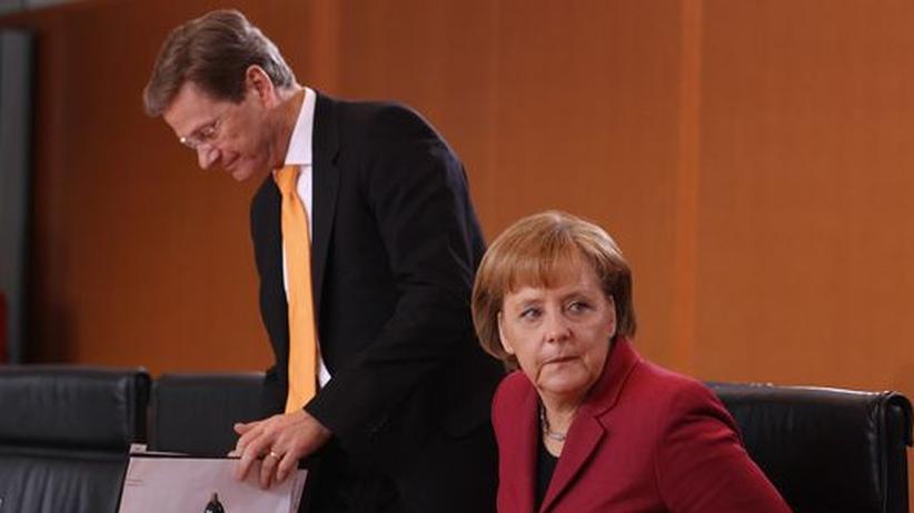 Kritik an Westerwelle: Merkel stützt ihren Vize nur halbherzig