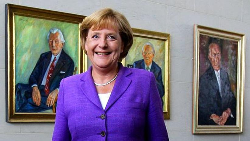 Zehn Jahre CDU-Vorsitz: Angela Merkel hat die CDU verändert wie vor ihr nur Adenauer und Kohl. Viele fragen sich, wie sie das macht