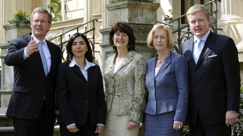 CDU Niedersachsen: Christian Wulff, Aygül Özkan, Astrid Grotelüschen, Johanna Wanka, Bernd Althusmann (von Links nach Rechts). Wulffs Kabinettsumbildung hat auch bundespolitische Konsequenzen