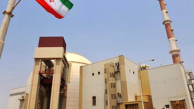 Das iranische Kernkraftwerk Buschehr wurde bereits in den siebziger Jahren geplant und wird voraussichtlich Anfang November durch russische Hilfe ans Netz gehen