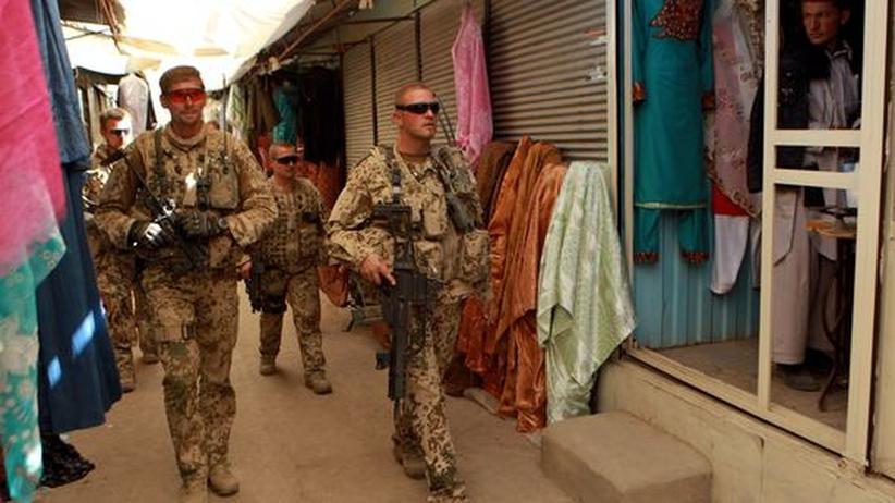 Deutsche Soldaten in der afghanischen Stadt Faisabad