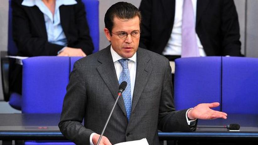 Bundestag: Guttenberg verwahrt sich gegen Täuschungsvorwurf
