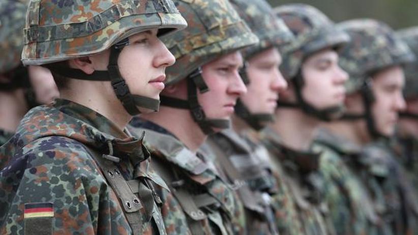 Bundeswehr-Werbung: Bundeswehr-Rekruten in Berlin