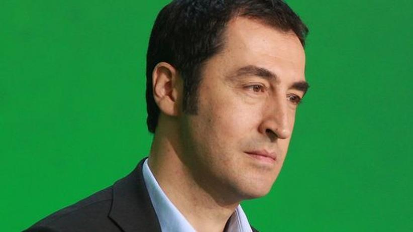 Preis für Putin: Özdemir verlässt Quadriga-Kuratorium