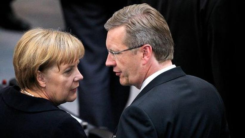 "Kredit-Affäre: Merkel versichert Wulff ""große Wertschätzung"""