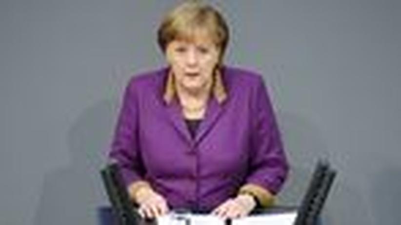 Regierungserklärung: Die Kanzlerin wirbt trotz Risiken für Griechenland-Hilfen