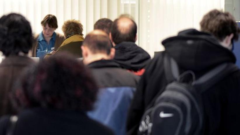 Arbeitsmarkt: Jeder vierte Arbeitslose wird direkt zum Hartz-IV-Empfänger
