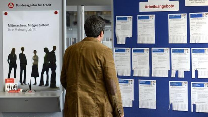 Erster Arbeitsmarkt: Chancen für Langzeitarbeitslose sinken