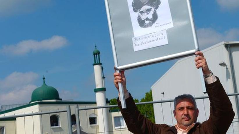 Pro NRW: Polizei verhindert Zusammenstöße vor Moschee