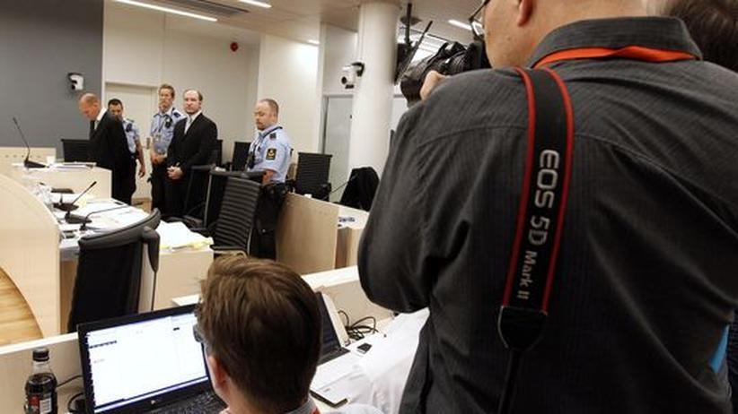 """Prozess in Oslo: """"Ihm zuzuhören, macht uns krank"""""""