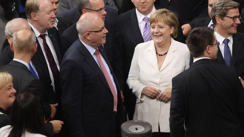 Euro-Krise: Bundestag und Bundesrat stimmen Fiskalpakt und ESM zu