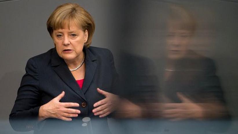 Regierungserklärung: Merkel geht mit Europa ins Gericht