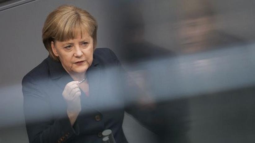 Angela Merkel während ihrer Regierungserklärung im Bundestag