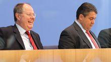 Kanzlerkandidaten-Kandidaten: Ex-Finanzminister Peer Steinbrück (links) und SPD-Chef Sigmar Gabriel (Archivbild)