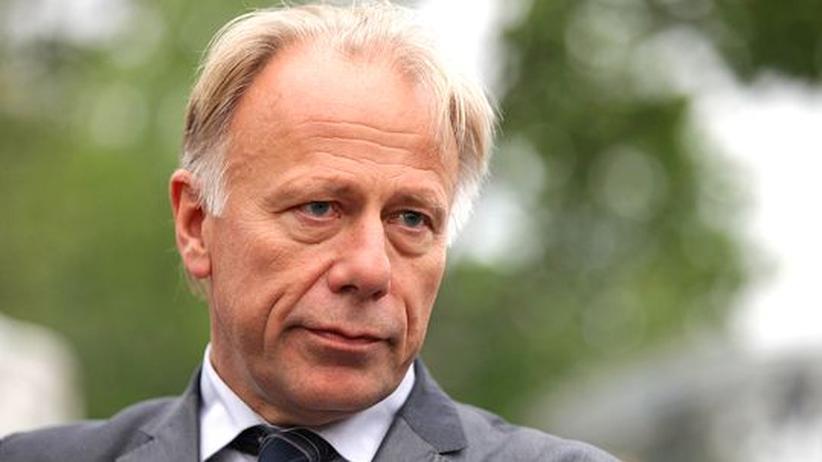 Spitzenkandidaten-Streit: Altkanzler Schröder wirbt für Trittin