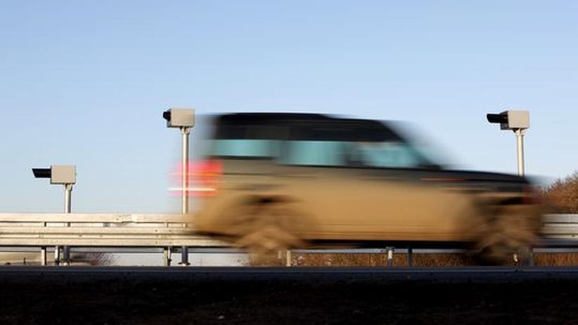 Straßenverkehr: Schwarz-Gelb will Blitzerwarner zulassen