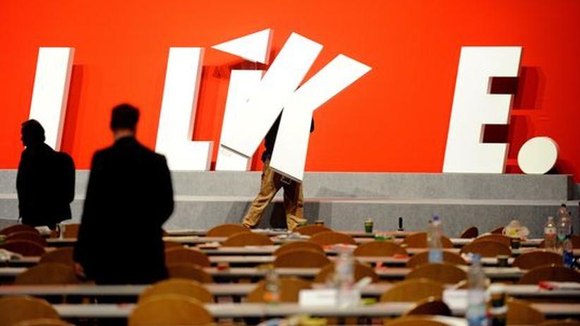 Linkspartei: Abbauarbeiten nach dem Bundesparteitag der Linken in Göttingen (im Juni)