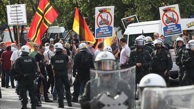 Extremismus: Wie Islamhasser politische Debatten kapern