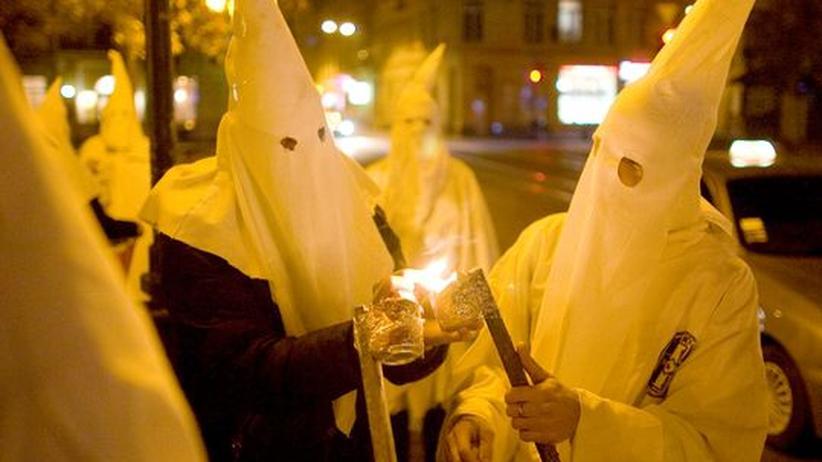 Baden-Württemberg: Mehrere Polizisten waren Mitglied im Ku Klux Klan