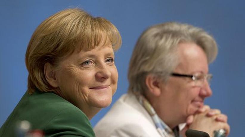 Doktorarbeit: Merkel gibt Schavan Rückendeckung