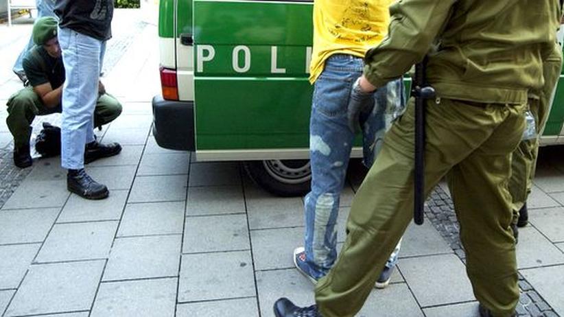 Urteil: Polizei darf nicht aufgrund von Hautfarbe kontrollieren
