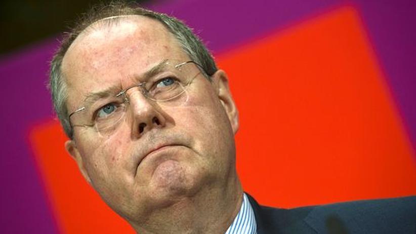 Kanzlerkandidatur: Steinbrück, der Fehlstarter