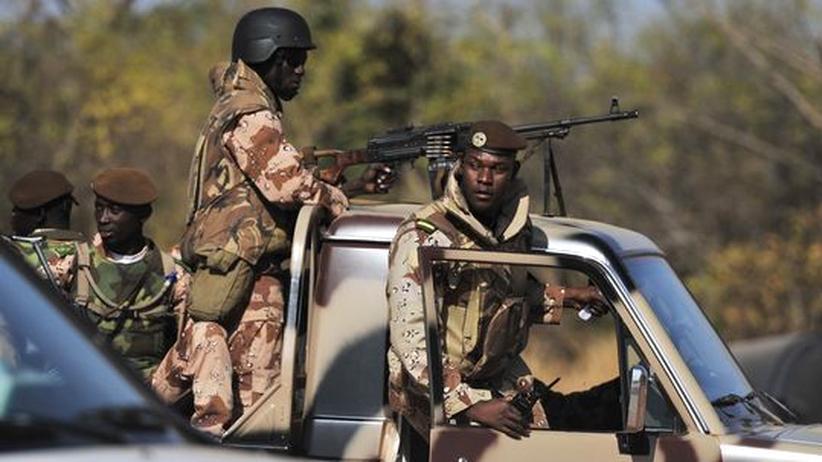 Westafrika: Malische Regierungstruppen in der Hauptstadt Bamako