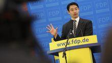 FDP-Chef Philipp Rösler spricht auf einer Pressekonferenz nach der Wahl im Saarland im vergangenen März.