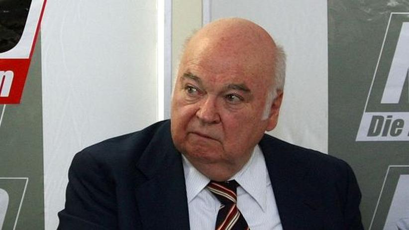 Rechtsextremismus: DVU-Gründer Frey gestorben