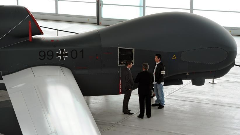Rüstung: Eine Drohne des Typs Euro Hawk in Manching