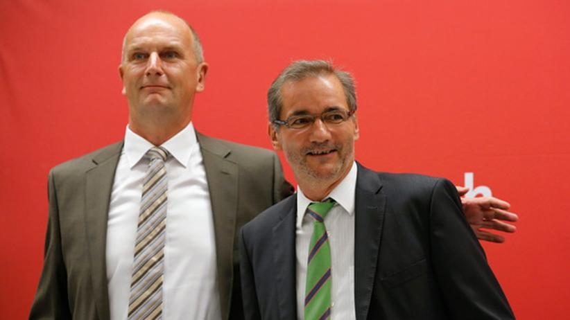 Brandenburg: Matthias Platzeck (r.) mit seinem designierten Nachfolger Dietmar Woidke