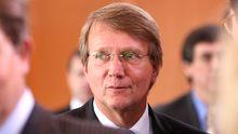 Ronald Pofalla, kurz vor einer Sitzung des Kabinetts