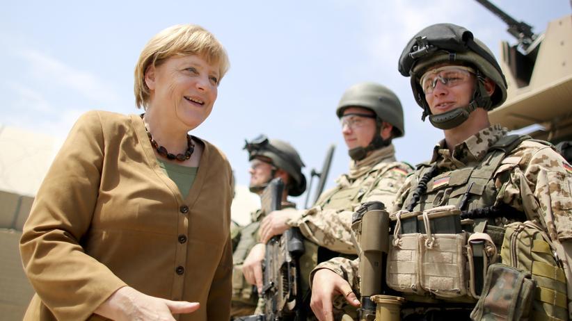 Außenpolitik: Gauck will deutschen Tiefschlaf beenden