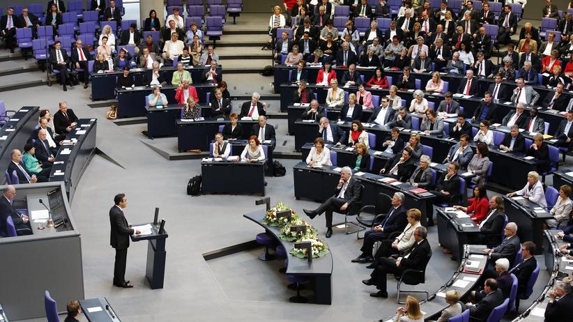 Rede im Bundestag: Navid Kermani bei seiner Rede im Bundestag