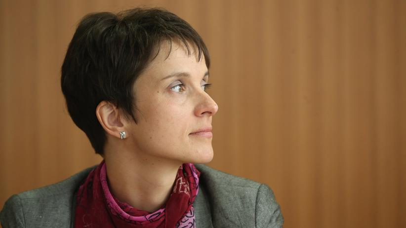 Frauke Petry: AfD-Spitzenpolitikerin Frauke Petry