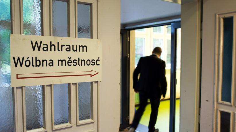 Landtagswahl: Ein Wahllokal im sächsischen Panschwitz-Kuckau, wo viele Bürger der sorbischen Minderheit angehören.