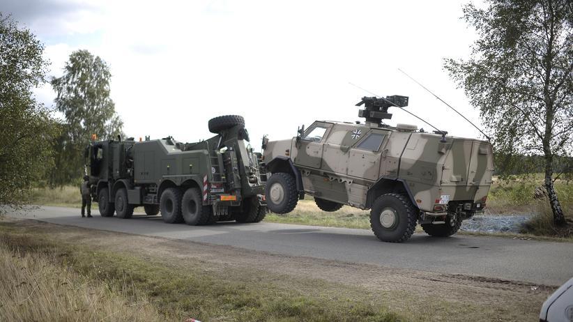 Ausrüstungspannen: SPD fordert Reform der Bundeswehrreform