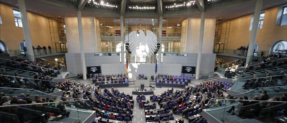 Künftig müssen Minister in der Fragestunde im Bundestag antworten.