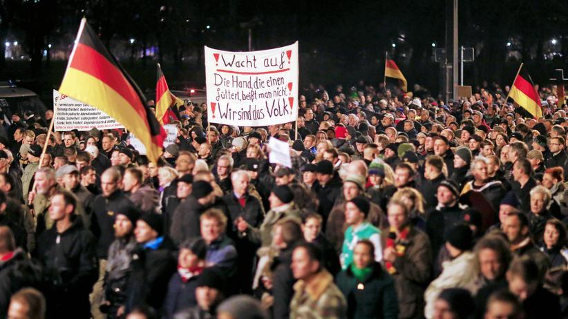 Gesellschaft, Pegida, Bürgerrechte, Einwanderung, Flüchtling, Pegida, Protest, Dresden