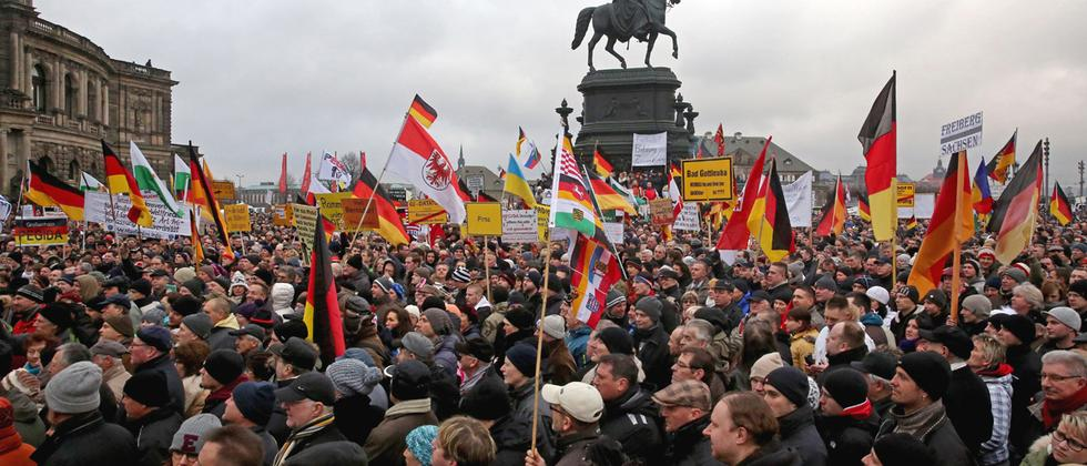Die Pegida-Demonstration am 25. Januar auf dem Dresdener Theaterplatz